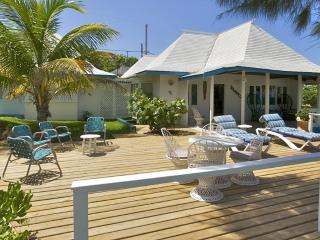 Queens Cottage  - 2 Bedrooms, Silver Sands