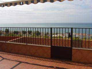 Terraced house 300 m from the sea, Benajarafe