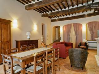 Tuscan hotel apartment with B&B service in Montepulciano