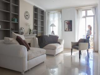 3-Bed Waterfront Penthouse Cannes