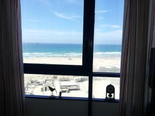 Ashdod Suite 2 with Sea Views