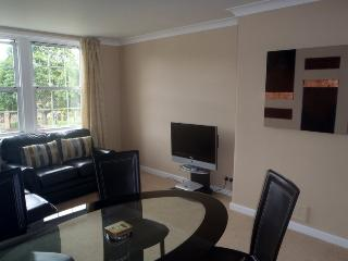 Centrally situated Town Appartment, Melrose
