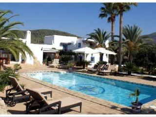 Stunning villa close to Saline, Sant Jordi