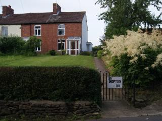 Front View of Onespringbank, 39 Hopton Road,showing large garden for use by guests at Onespringbank.