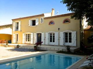 Villa Lúnasa with private pool near Narbonne