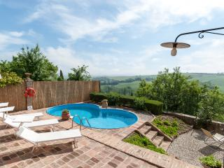 Casa Lorenzo: Magnificent Tuscan house,pool,WiFi, San Giovanni d'Asso