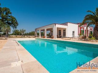 Villa Barbara: luxury Holiday Villas in Puglia, Monopoli