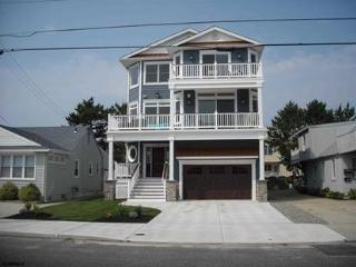Brand New Beachblock Home, Brigantine