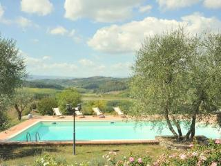 Villa Toiano: Tuscan villa rental with 6 bedrooms and private pool, San Gimignano