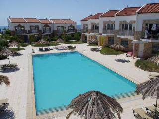 Grapevines Villa With Pool, Makry-Gialos