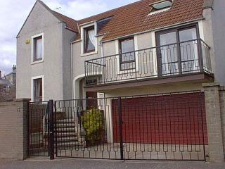 Detached Property, parking,close to golf courses, Anstruther