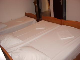 room with 3 bed, Trogir