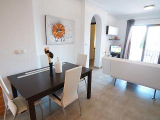 2 bed with garden and BBQ, Albacete