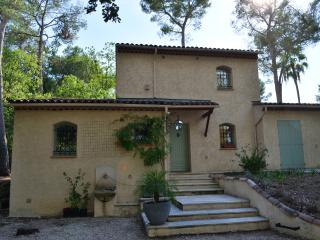 Charming Villa in Valbonne