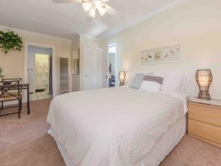 Amazing Single in the heart of Playa Vista!, Culver City