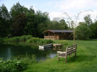 Willowbank Lodges/River Birch, Pewsey