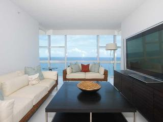 Spectacular Canyon Ranch 2 bedroom with Ocean views, Miami