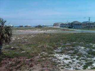By The Sea - 3 BR/2 BA - Gulf View/Bay View, Fort Morgan
