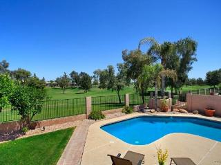 Beautiful Chandler Home - Golf Course Views