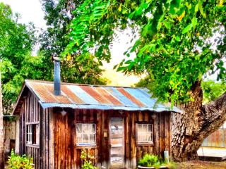 Cabin on historic east bay ranch!, Livermore