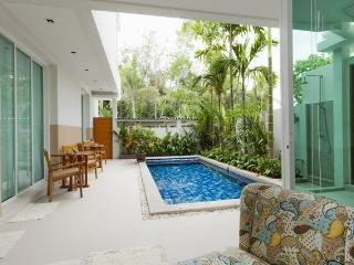 DELUXE 2 BEDROOM PRIVATE POOL APARTMENT CHALONG, Chalong