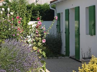 Ile de Ré House heated pool, Sainte Marie de Re