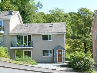 BECKSIDE ground floor, lake views, games room in Bowness Ref 22487, Bowness-on-Windermere