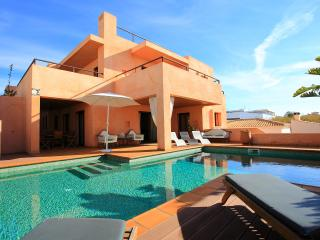 LUXE Villa Gale, front line, Albufeira
