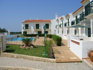 Top quality townhouse & pool, Vila Nova de Cacela