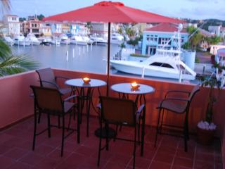 Waterfront Penthouse Palmas Del Mar Beach Resort, Humacao
