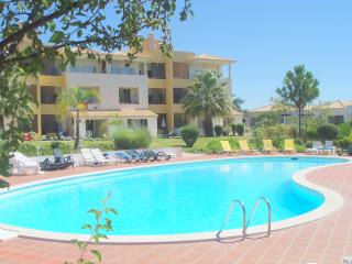 Vilamoura Apartment with Free WIFI, Sky TV/Sports