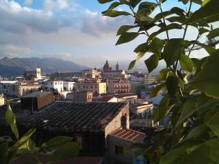 Charming rooftop apartment, Palermo