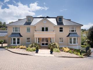 10 Fonthill Apartments -, Torquay
