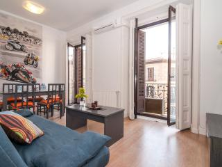 Apartment center  Mayor / Sol 3 bedrooms, balcony, Madrid