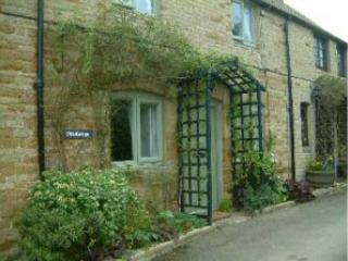 Odd Cottage, Oddington