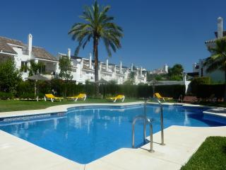 Holiday townhouse near Puerto Banus