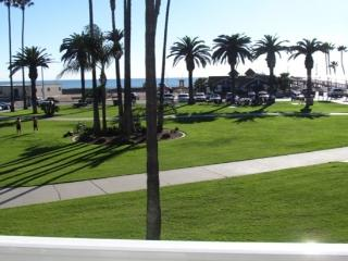 3 bedrooms - On the Beach! Up to 8 people, Newport Beach