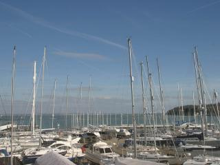 Marina View, Cowes