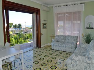SPLENDID  central apt seaview free WiFi 6/12p, Sorrento