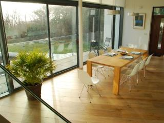 Roundstone House- holiday home