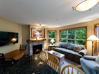 Aspens #227, 2 Bdrm, Ski-in Ski-out, Serene Forest View, Free Wifi, Whistler