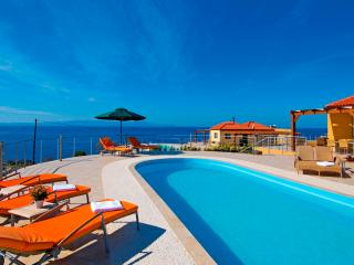 Tersanas Villa with private pool & amazing sunsets