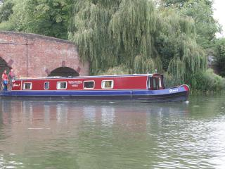 Boat Gina -beautiful narrowboat on River Thames, Henley-on-Thames