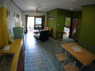 Miss Green 2 bedroom apartment 5 mins from Chaweng