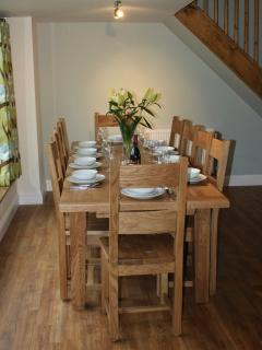 The oak dining table