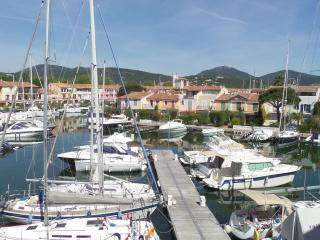 Port Grimaud holiday apartment, near St Tropez, Port-Grimaud
