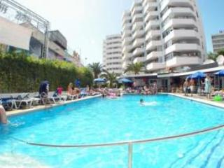 MAGALLUF BEACH APARTMENT, Magaluf