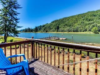 Stylish riverfront home w/floating boat dock - pets okay!, Waldport