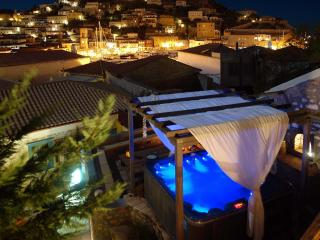Portadelmare Guest house, Hydra Town