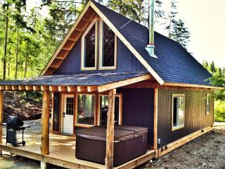 Unique accommodation in the Shuswap, Salmon Arm